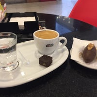 Photo taken at Café do Ponto by Tio Rick on 9/1/2016