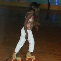 Photo taken at Aloha Skate by Shantalle C. on 6/7/2014