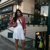Photo taken at Mall Plaza Reñaca by Cami S. on 11/2/2012