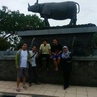 Photo taken at Alun Alun Pandeglang by Guntur B. on 12/2/2014