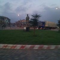 Photo taken at Ejisu Rounabout by Nasir danjumma G. on 5/22/2013