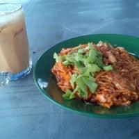 Photo taken at Kompleks Medan Suri by Zulhairi H. on 10/18/2011