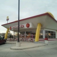 Photo taken at McDonald's by Kevin S. on 11/19/2011