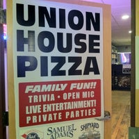 Photo taken at Union House Pub and Pizza by Nicole on 10/12/2013