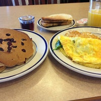 Photo taken at Bob Evans Restaurant by Cameron on 4/20/2013