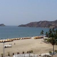 Photo taken at Tamacá Beach Resort Hotel by Beatriz on 4/7/2013