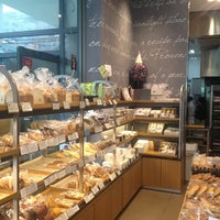 Photo taken at PARIS BAGUETTE by Luna .. on 5/22/2013