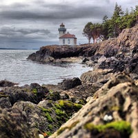 Photo taken at Lime Kiln Point State Park by Barkie on 5/29/2013