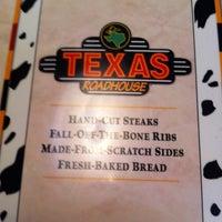 Photo taken at Texas Roadhouse by Kellie on 5/31/2013