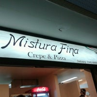 Photo taken at Mistura Fina Pizzas e Crepes by Paulo C. on 9/16/2012