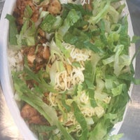 Photo taken at Chipotle Mexican Grill by Christian💋 on 4/17/2015