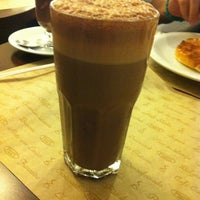 Photo taken at Fran's Café by Rangel on 2/3/2013