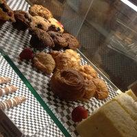 Photo taken at Pizza By Cer Tè by 5xPanda on 10/2/2012