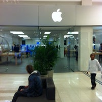 Photo taken at Apple Mall of America by Craig B. on 10/15/2014