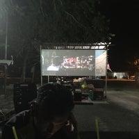 Photo taken at Medan Selera Kamunting by AiDyl Z. on 9/18/2016