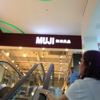 Photo taken at MUJI 無印良品 by Larry A. on 11/19/2012