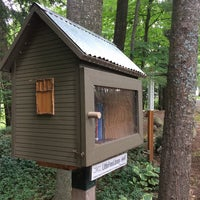 Photo taken at Balsam Circle Little Free Library, Spider Lake by Steven H. on 7/28/2016
