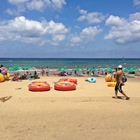 Photo taken at Iho Taewu Beach by 냐릉 술. on 7/21/2013