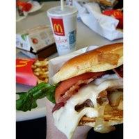 Photo taken at McDonald's of Palolo by @RickNakama on 3/31/2014