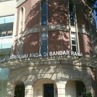 Photo taken at Perpustakaan Kuala Lumpur (Library) by Muhamad F. on 9/30/2016