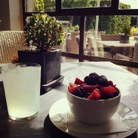 Photo taken at Tiny Boxwood's Cafe by Bellinissima on 7/11/2013