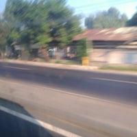 Photo taken at jalan raya trowulan mojokerto by Ipoel H. on 8/25/2013