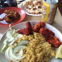 Photo taken at Usman Restaurant by Bow on 10/29/2015