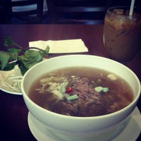 Photo taken at Phở Sinh by Ander C. on 4/26/2013
