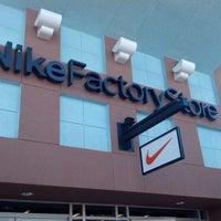 Photo taken at Nike Factory Store by Thiago E. on 9/20/2012