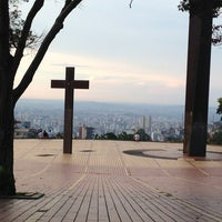 Photo taken at Praça do Papa (Governador Israel Pinheiro) by Waterson on 3/8/2013