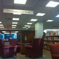 Photo taken at Beatley Library, Simmons College by Totsaporn I. on 5/31/2012