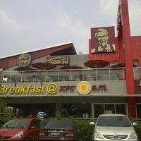Photo taken at KFC / KFC Coffee by Agung N. on 9/16/2012
