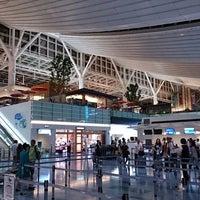 Photo taken at HND International Terminal by Sada on 7/26/2013