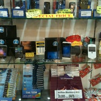 Photo taken at Istana Bandung Electronic Center (BEC) by dhie a. on 3/30/2013