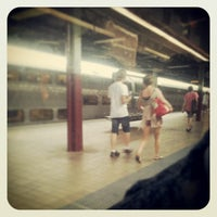 Photo taken at Central Station (Platforms 4 & 5) by Elke on 2/10/2013