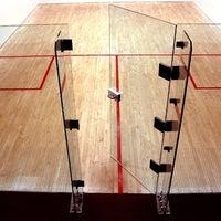 Photo taken at Equinox Sports Club Washington, D.C. by The Sports Club/LA on 10/23/2013