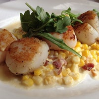 Photo taken at The Capital Grille by Thongsy S. on 10/12/2013