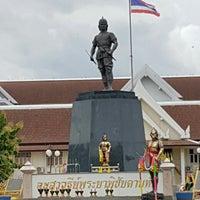 Photo taken at Phraya Pichai Dab Hak Monument by Nokkaew M. on 9/5/2016