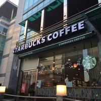 Photo taken at Starbucks by Young Jun K. on 12/10/2013