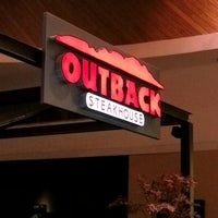 Photo taken at Outback Steakhouse by Fabiano A. on 11/29/2012