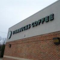 Photo taken at Starbucks by zeusmannj on 3/31/2013