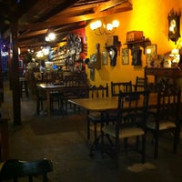 Photo taken at Villa Rios Pizza & Restô by Antonio Jose V. on 3/22/2013