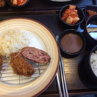 Photo taken at 그릴 아지사이 by Hyukjoon L. on 8/11/2016
