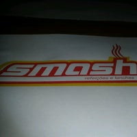 Photo taken at Smash Refeições e Lanches by Ana Paula Vogel B. on 2/26/2013