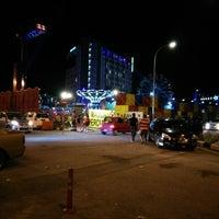 Photo taken at Malacca Fun Fair by チュン明🇲🇾 l. on 2/22/2015