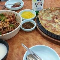 Photo taken at 무교동유림낙지 by Sung Gyu on 7/23/2014