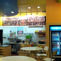Photo taken at Robeks Fresh Juices & Smoothies by Alwyn L. on 2/15/2013