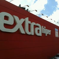Photo taken at Extra Hipermercados by Ronaldo F. on 1/20/2013