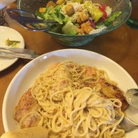 Photo taken at Olive Garden by Jorge D. on 6/6/2016