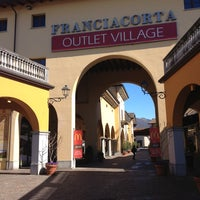 Photo taken at Franciacorta Outlet Village by Laura on 3/19/2013